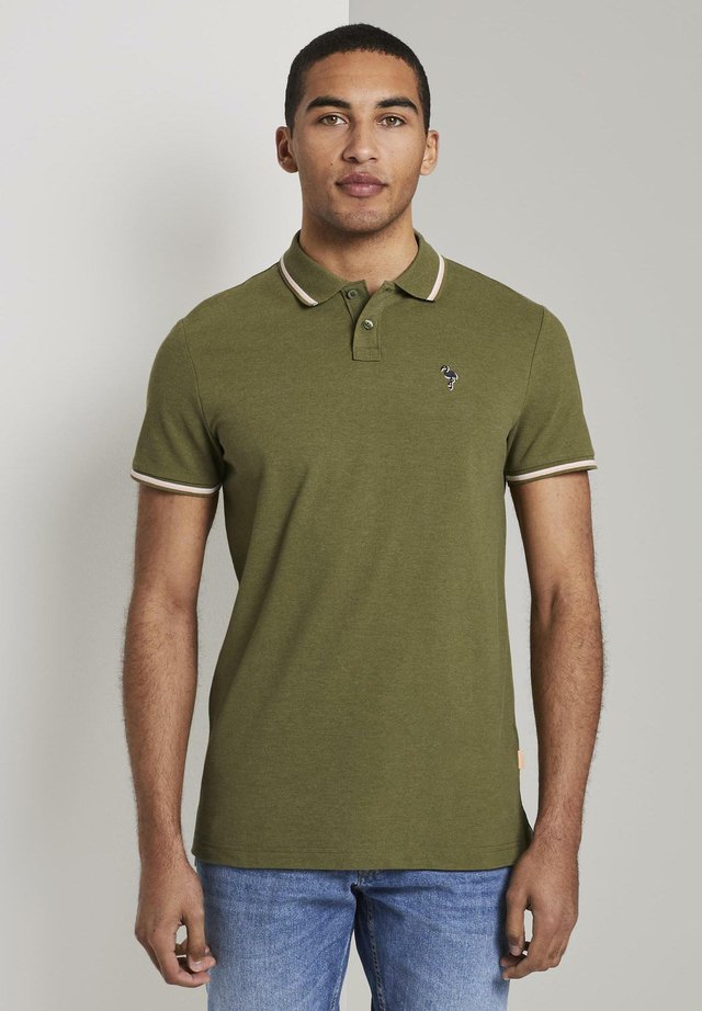 Polo - faded moss green melange