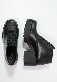 Vagabond - DIOON - Platform ankle boots - black - 1
