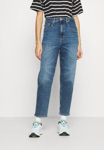 MOM JEAN - Jeans baggy - mid blue denim