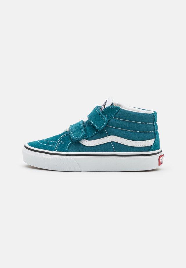 SK8-MID REISSUE UNISEX - Baskets montantes - blue coral/true white