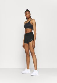 Nike Performance - ECLIPSE SHORT - Korte broeken - black/silver - 1