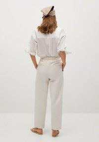 Mango - MINT - Spodnie materiałowe - ecru - 2