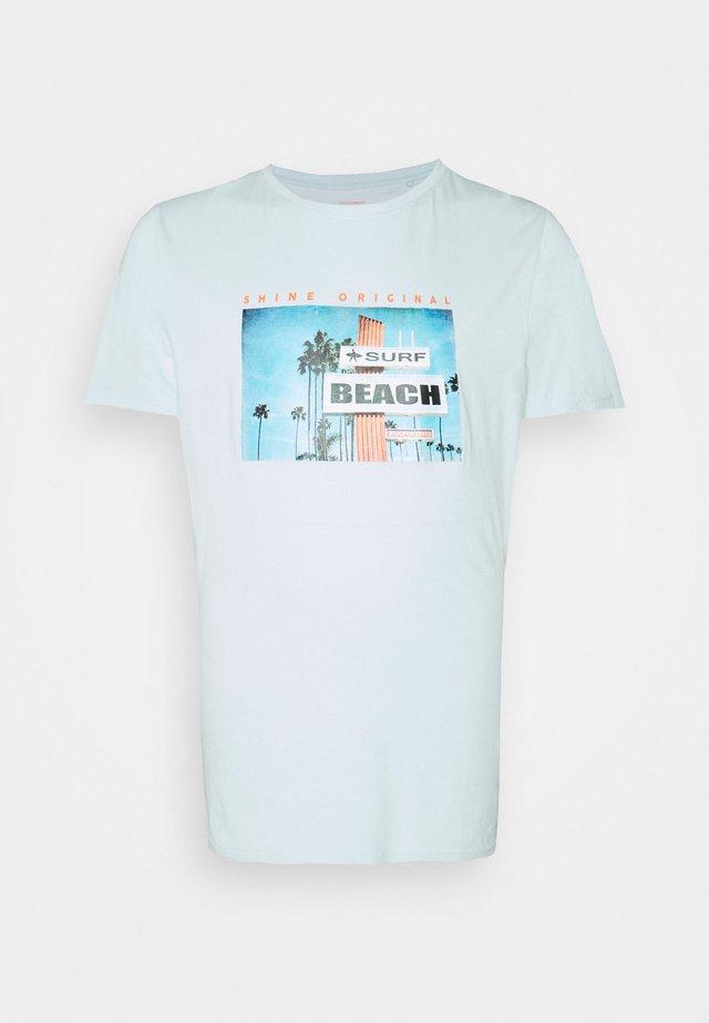 PHOTO TEE - T-shirt print - pastel blue
