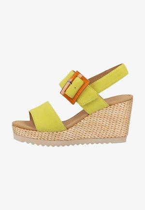 Wedge sandals - lemon (bast)