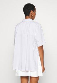 JUST FEMALE - NORIA - Skjorte - white - 2