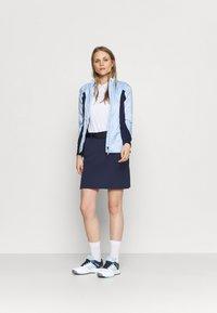 Kjus - WOMEN IRIS SKORT - Sports skirt - atalanta blue - 1