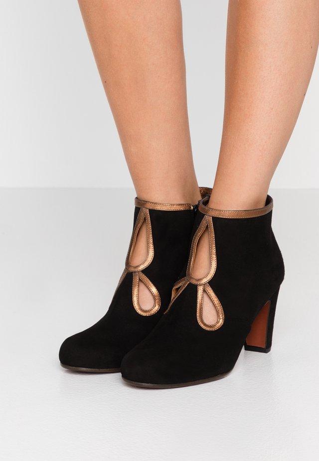 KOSPI - Boots à talons - black/picasso bronce