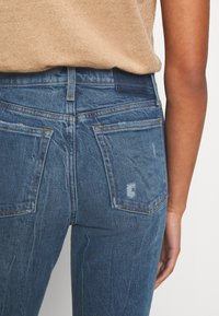 Abercrombie & Fitch - MOM JEANS - Slim fit jeans - dark wash with destroy - 5
