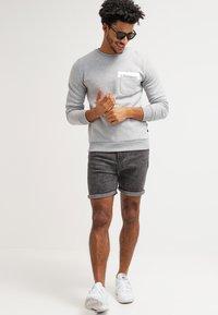 YOURTURN - Denim shorts - black moonwash - 1