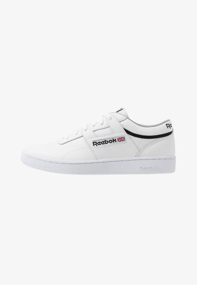 CLUB WORKOUT - Sneakers laag - white/cool shadow/black