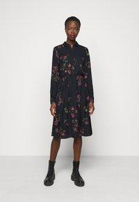 Vero Moda Tall - VMGALLIE DRESS  - Shirt dress - black - 0