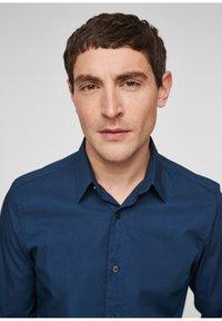 s.Oliver - Formal shirt - blue - 4