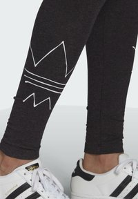 adidas Originals - Legging - black melange - 4