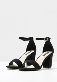 Nly by Nelly - BLOCK MID HEEL - Sandály - black - 4
