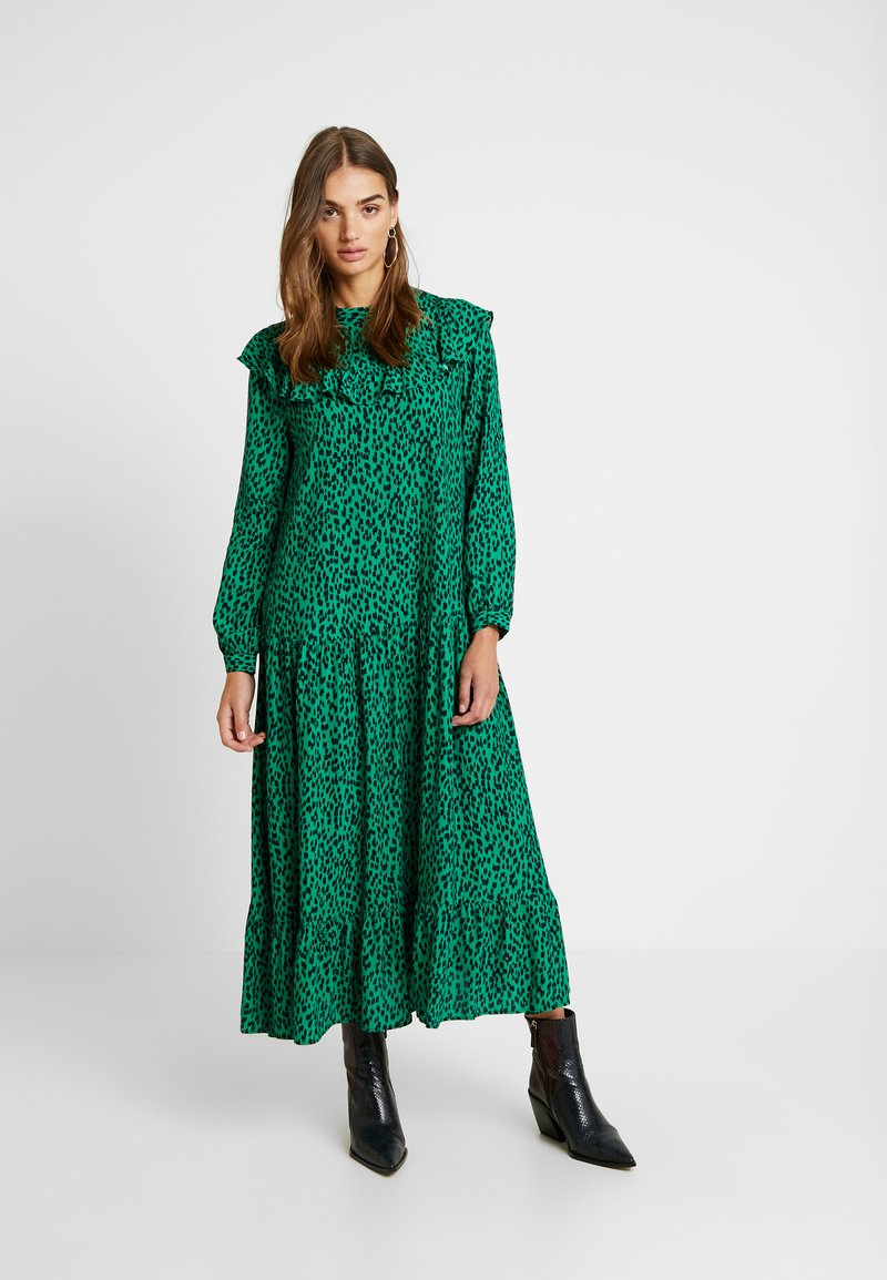Topshop - YOKE CHUCKON MIDI   - Day dress - green