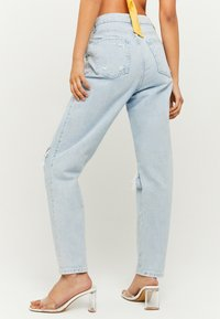 TALLY WEiJL - SLOUCHY - Relaxed fit jeans - blue - 2
