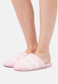 South Beach - Domácí obuv - pink - 0