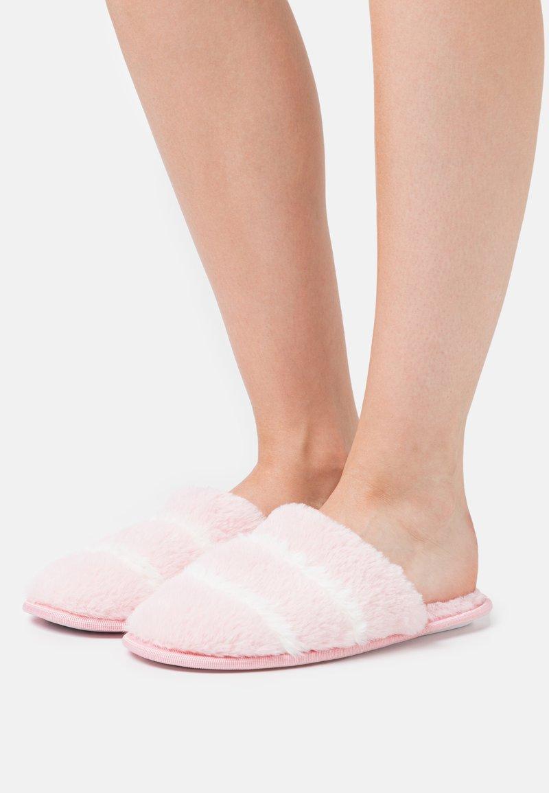 South Beach - Domácí obuv - pink