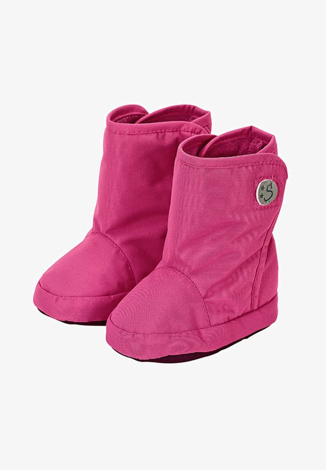Winter boots - magenta
