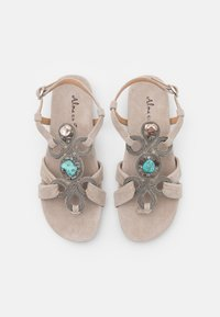 Alma en Pena - T-bar sandals - taupe - 5