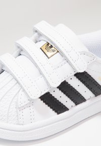 adidas Originals - SUPERSTAR CF  - Baby shoes - footwear white/core black - 5