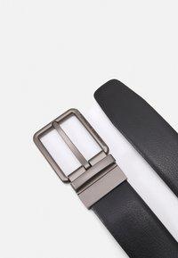Porsche Design - Belt - black/dark brown - 1