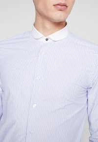 Shelby & Sons - PORTLAND SHIRT - Camicia elegante - white & blue - 4