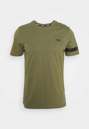 TEE KING - Print T-shirt - green