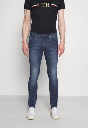 SLIM LAYTON GAINES  - Slim fit jeans - blue denim