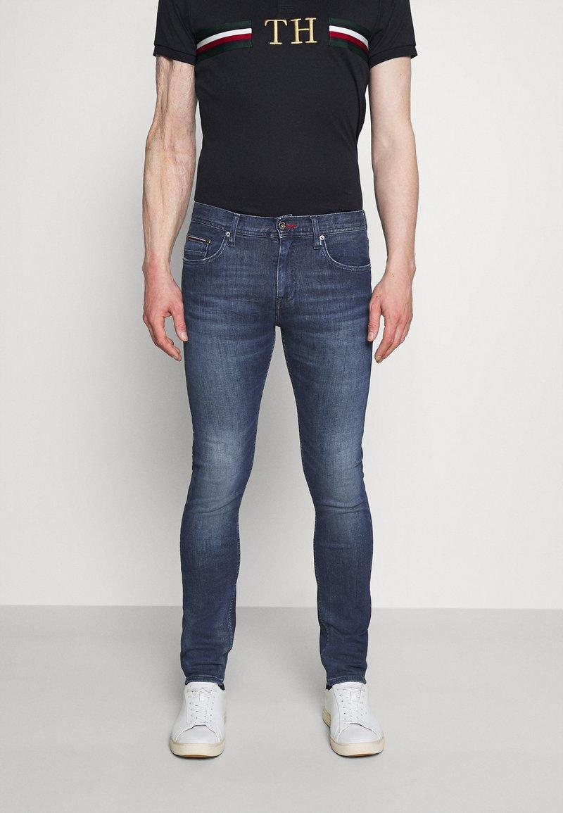 Tommy Hilfiger - SLIM LAYTON GAINES  - Slim fit jeans - blue denim