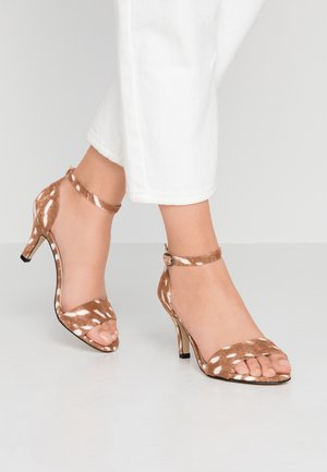 BIAADORE BASIC - Sandalias - light brown