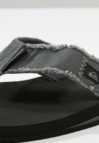 Quiksilver - MONKEY ABYSS - Slippers - grey/black/brown - 5