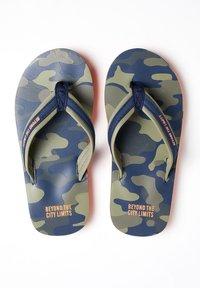 WE Fashion - T-bar sandals - army green - 1