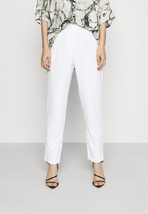 YASWYNTER ANKLE PANTS  - Trousers - pearled ivory