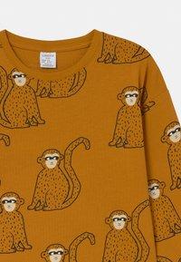 Lindex - MINI MONKEY - Langærmede T-shirts - dark dusty yelloy - 2