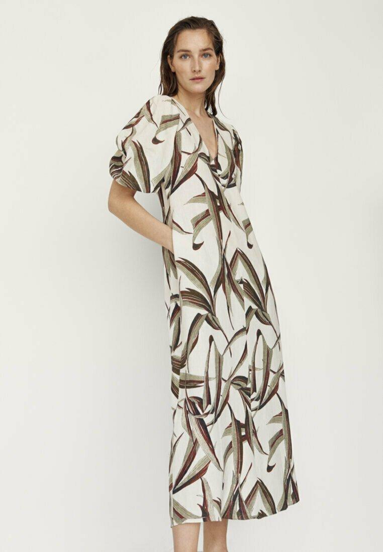 Massimo Dutti - MIT BLÄTTERPRINT  - Day dress - white