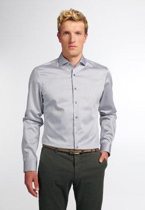 LANGARM SLIM FIT - Formal shirt - silbergrau