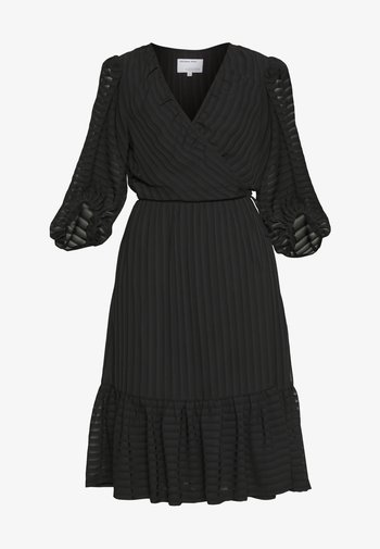 MINDY EXCLUSIVE DRESS