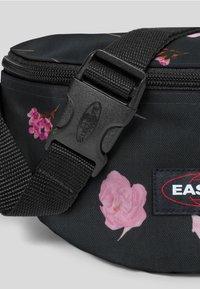 Eastpak - CARNATION/AUTHENTIC - Bum bag - black - 5