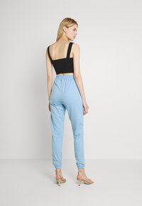 Missguided - BASIC JOGGERS 2 PACK - Tracksuit bottoms - blue bell/snow white - 2