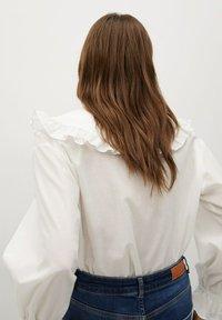 Mango - IBIZA - Button-down blouse - cremeweiß - 1