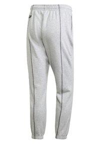 adidas Originals - JOGGERS - Trainingsbroek - grey - 8