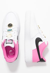Nike Sportswear - NIKE AIR FORCE 1 '07 SE - Trainers - white/black/china rose - 3