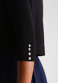 Wallis - Cardigan - black