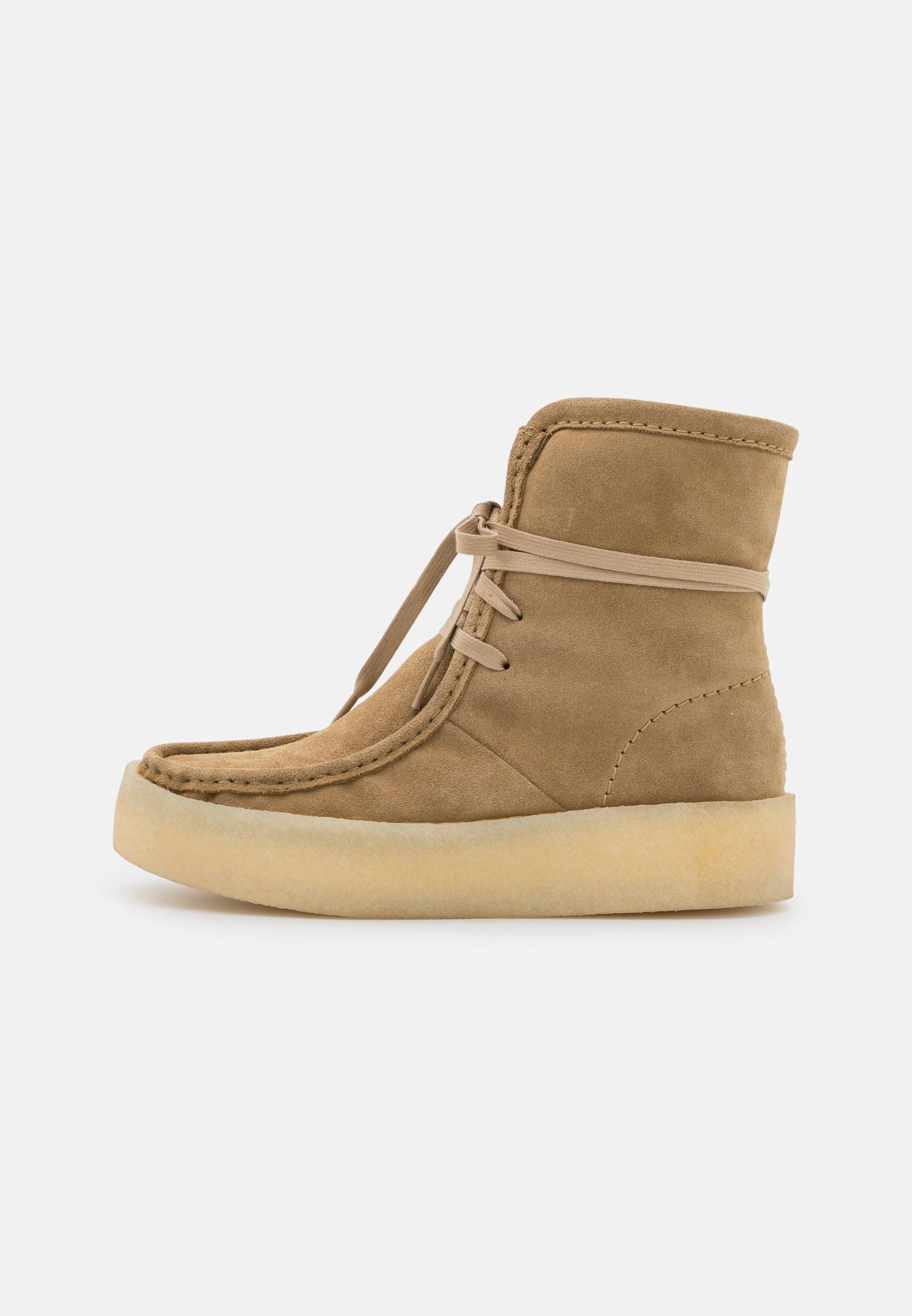 Women WALLABEECUP HI - Winter boots - light tan