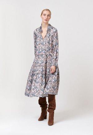 VIOLA - Maxi dress - trellis blue