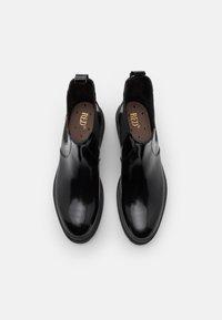 Red V - BOOTIE - Kotníkové boty na platformě - nero - 4