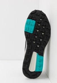 adidas Performance - TERREX TRAILMAKER - Hikingskor - grey two/core black/hi res aqua - 4