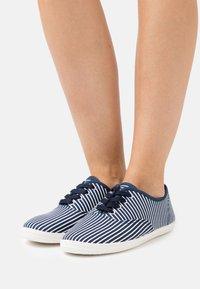 CALANDO - Sneakers basse - dark blue/white - 0