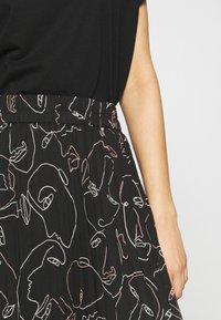 Monki - A-line skirt - black dark - 4